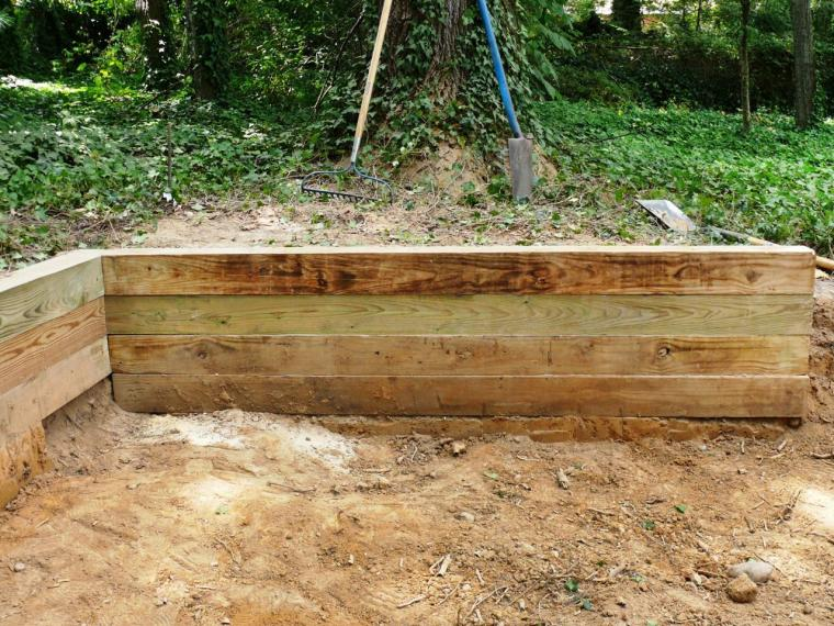 Retaining Walls for DIY Garden Space