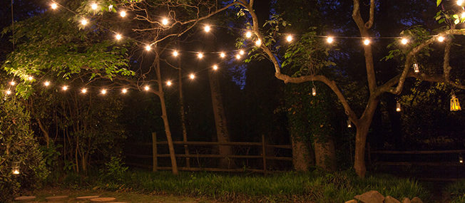 backyard-patio-light Cafe